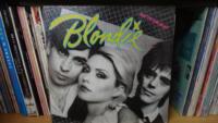 2_137-Blondie
